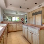 Sincuidados Home for Sale in North Scottsdale - Kitchen