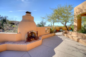 Sincuidados Home for Sale in North Scottsdale - Kiva Patio