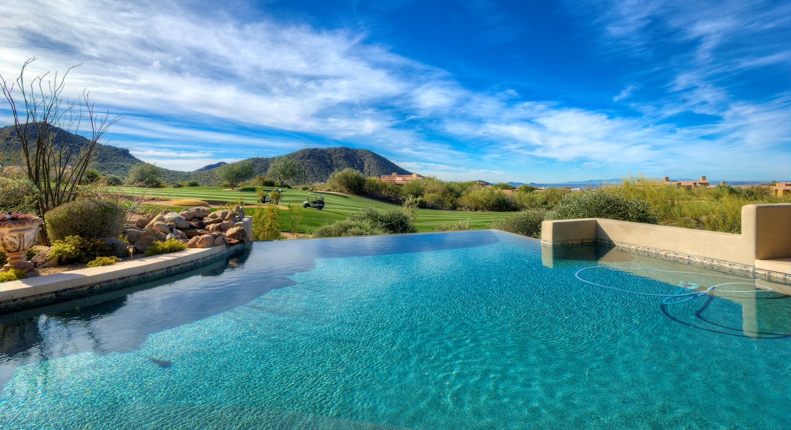 _Top Scottsdale Homes-01_1600x870