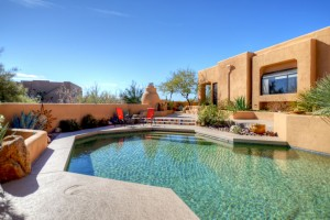 Sincuidados Home for Sale in North Scottsdale - Pool View