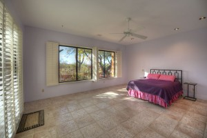 Sincuidados Home for Sale in North Scottsdale - Master Suite