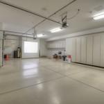 Sincuidados Home for Sale in North Scottsdale - Garage