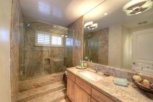 Marion_Estates_Guest Bathroom