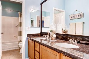 16626 N 51st St Scottsdale AZ-large-025-47-Bathroom